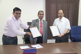 GTU inks MoU with Gujarat Ayurved Aushadh Manufacturers Association